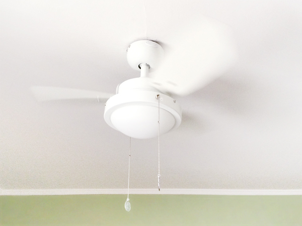 White Ceiling Fan in a Kid's Bedroom | Rather Square