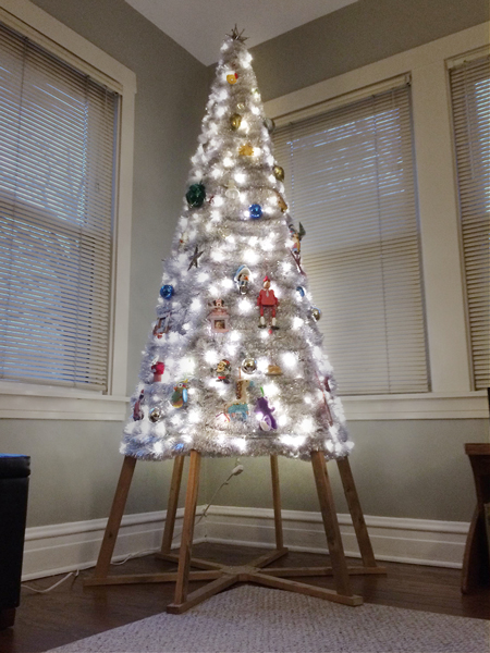 Our Last-Minute DIY Christmas Tree | Rather Square